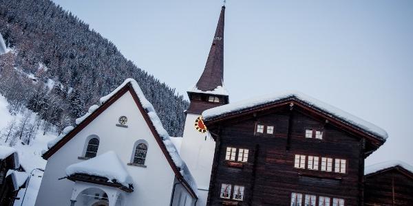 village de montagne de Biel