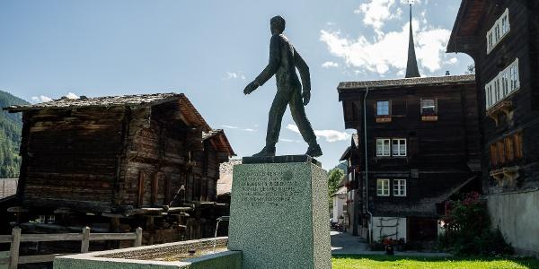 Monument César Ritz à Niederwald