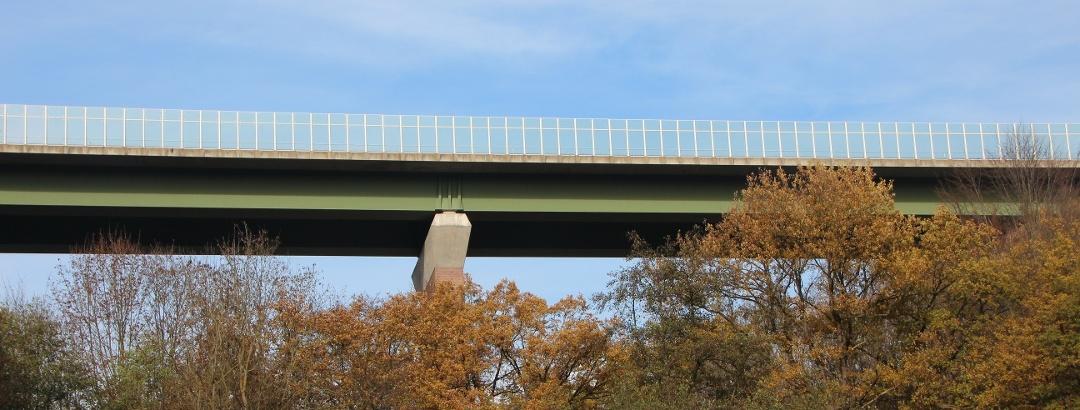 Autobahnbrücke über die Freiberger Mulde