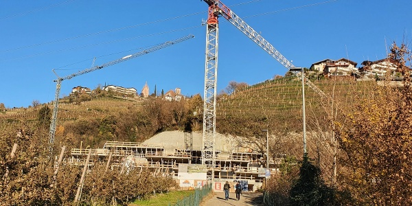 """Neubau einer Wohnanlage am Standort des ehemaligen Gasthofes """"Ofenbaur""""."""