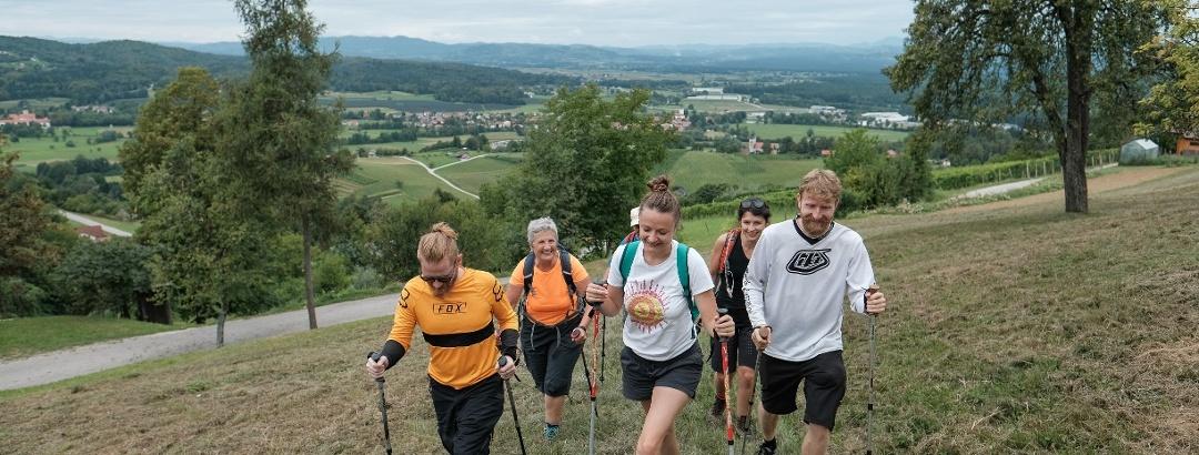 Wanderer auf dem Uskok Trail