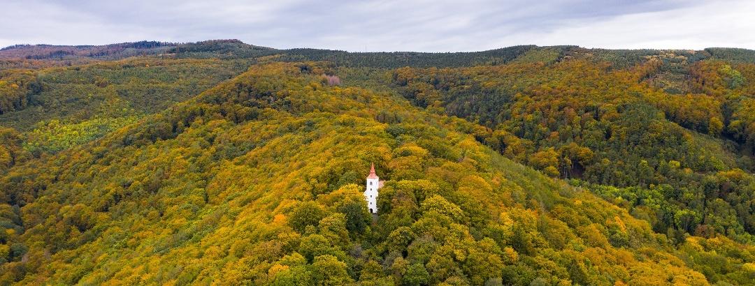 A Szent Vid-kápolna a levegőből