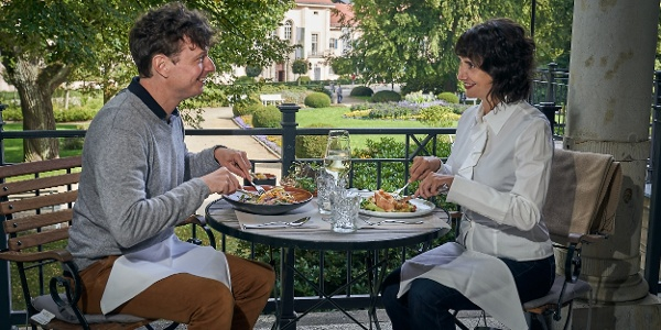 """Romantisches Dinner zu zweit im Restaurant """"Das Albert"""" mit Blick auf das Historische Albert-Bad"""