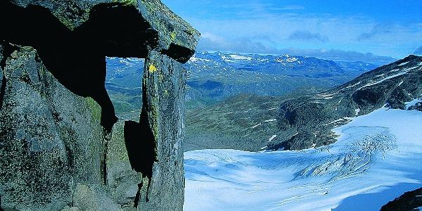Slettmarkbreen, frå bandet mellom Slettmarkkampen og Slettmarkpiggen.