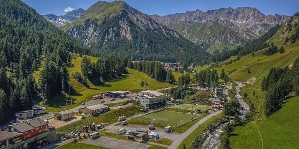 Alpine Camping Samnaun im Sommer