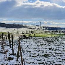 Vorbei an Sinz geht es über die K117 Richtung Rettelberg mit seiner famosen Aussicht