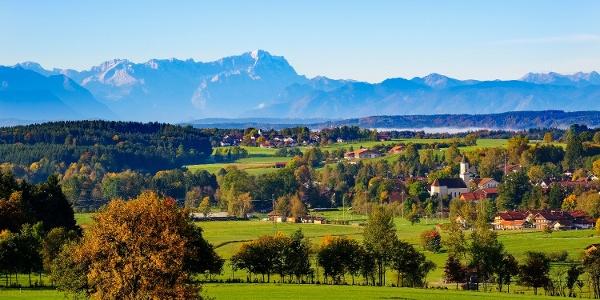 Feine Ausblicke Richtung Zugspitze und Ammergauer Alpen