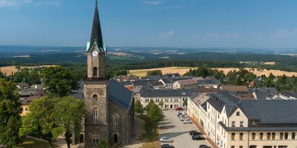 Blick auf die Kirche in Schöneck