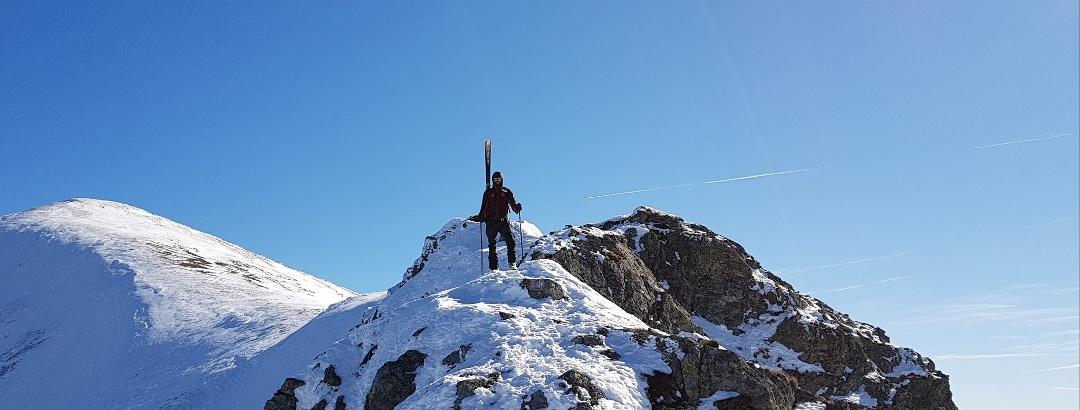 Am Gipfelrücken des Geierkogel