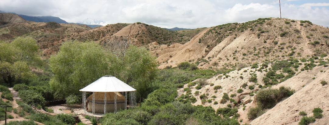 Священный источник Манжилы-Ата на Иссык Куле
