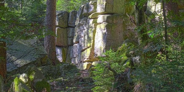 Felsen des Kleinen Volzemer Steins