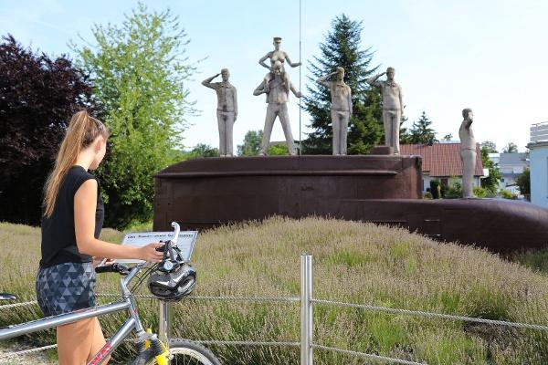 U-Boot Denkmal Peter Lenk