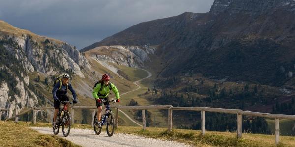 Mit dem Mountainbike von Deutschnofen bis Jochgrimm mit Rundumblicken vom Feinsten.