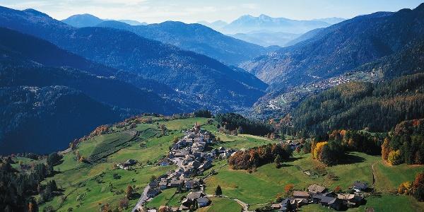 Altrei, hart an der Grenze zum Trentino