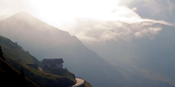 Diese Tour führt über zwei hohe Pässe zwischen Meran und Sterzing: über den Jaufenpass und über das Penserjoch.