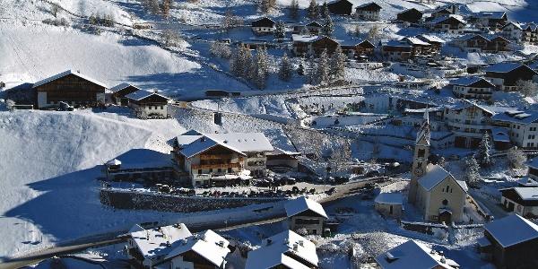 Reinswald im Sarntal ist das Ziel der Schneeschuhwanderung über die Seebergalm.