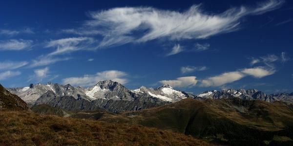 Das Bergpanorama am Pfunderer Höhenweg im Pustertal ist einfach überwältigend.
