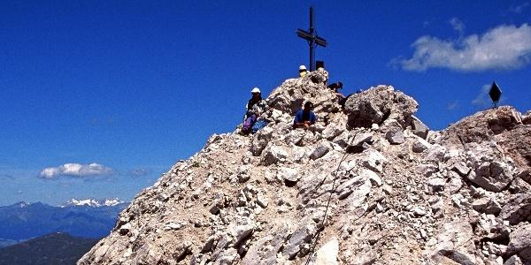 Der Gipfel des Sas Rigais: Der Hauptgipfel der Geislergruppe in den Dolomiten.