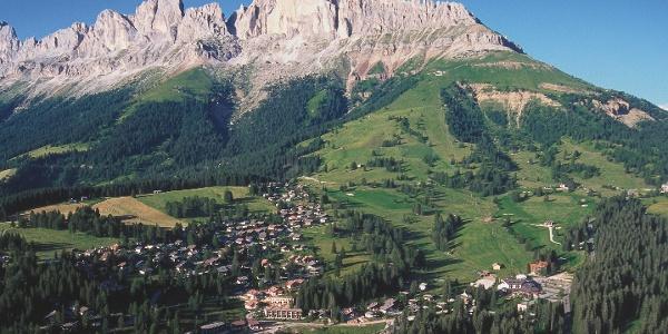 Rosengarten mit Karerpass in den Dolomiten