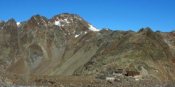 Das Niederjoch mit Similaunhütte und Finailspitze