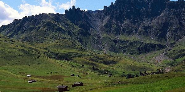 Denti di Terrarossasopra l'Alpe di Siusi