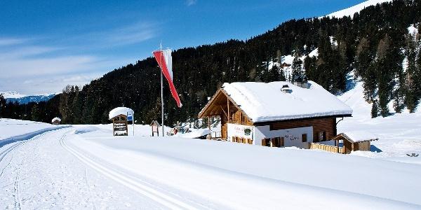 Kurze Schneeschuhwanderung im Villnösstal - vom Fistilboden zur Halslhütte.