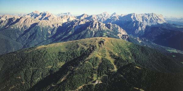 Nicht allzulange Tour rund um das größte Skigebiet des Pustertals.