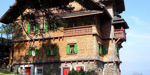 Herrliche alte Villa in Kohlern oberhalb von Bozen