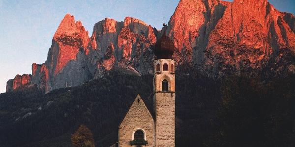 St. Konstantin-Kirche bei Völs am Schlern