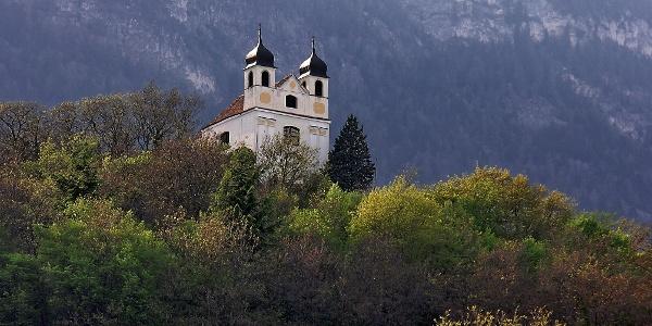 Die Gleifkirche hoch über Eppan