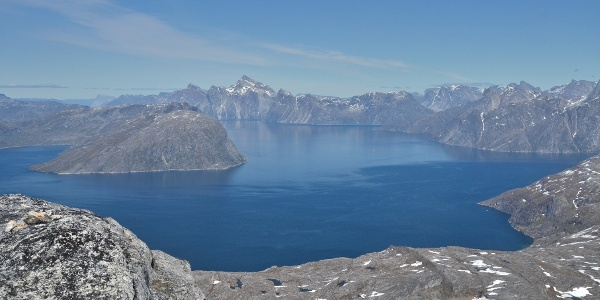 Kangilequtaat viewpoint over Nuuk Fjord. Photo by Jakob Abermann