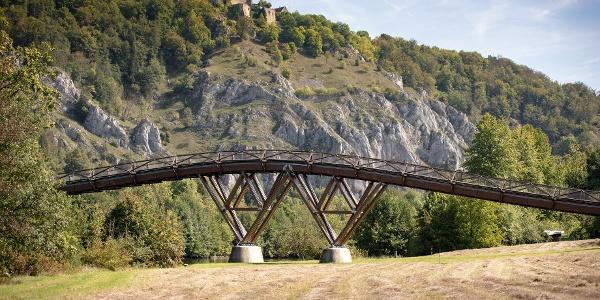 "Die Holzbrücke 'Tatzlwurm"" bei Essing im Altmühltal"