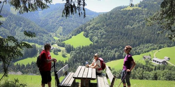 Stoakogler Heimatwanderweg, Rastplatz