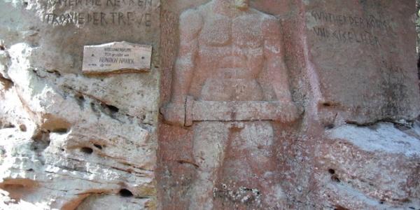 Nibelungenfelsen - Relief Siegfried