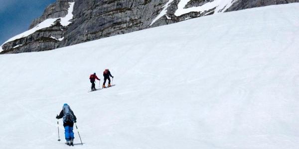 Wir nähern uns dem Gipfelgrat.