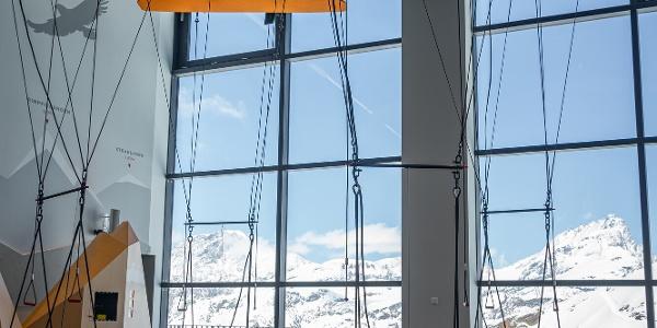 VR-Gleitschirme in der Erlebniswelt Zooom the Matterhorn
