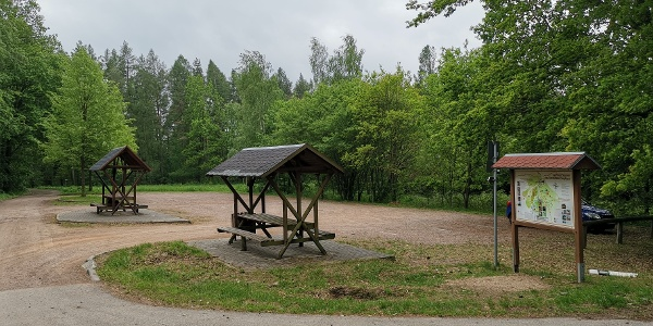 Rochlitzer Berg - Unterer Parkplatz