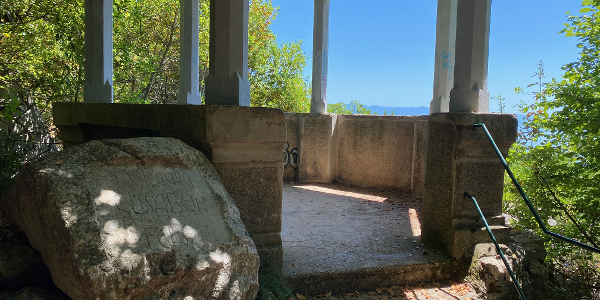 Mala Fortica / Stânca Reginei Elisabeta, punct de belvedere