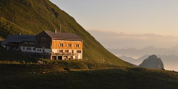 Tilisuna Hütte