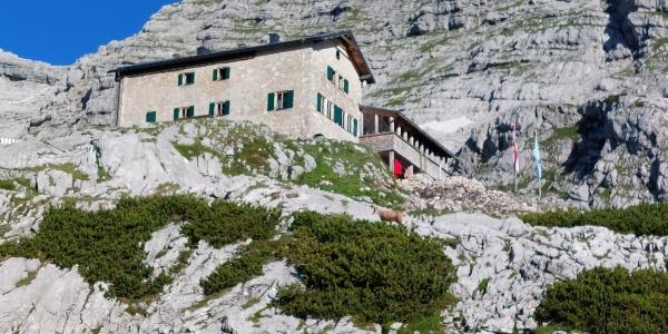Schmidt-Zabierow Hütte (1966m)