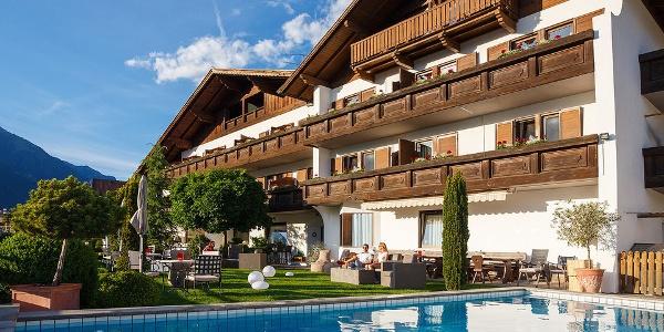 Herzlich Willkommen im Hotel Walder in Schenna bei Meran