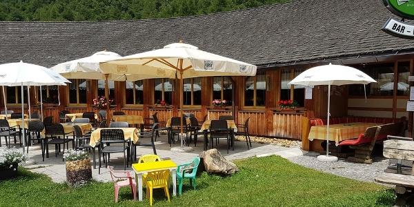In Martell ist das Café Bar Trattla in der Ferizeitanlage ein beliebter Treffpunkt für eine Stärkung.