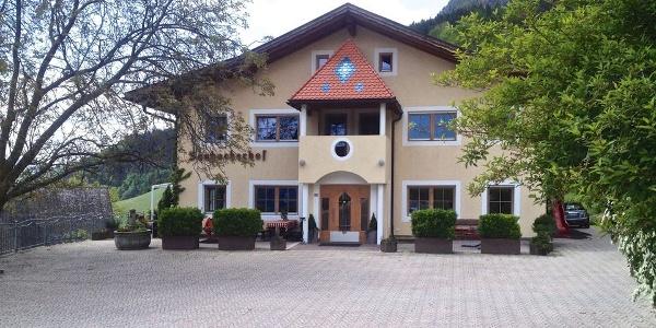 Herzlich willkommen im Restaurant Saubacherhof in Saubach bei Barbian, hier wird man geschmacklich verwöhnt.