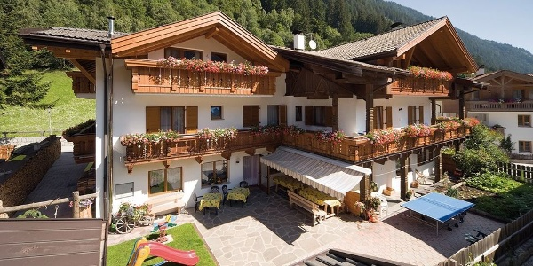 In Racines the family-run Pension Brunner guarantees a pleasant holiday.