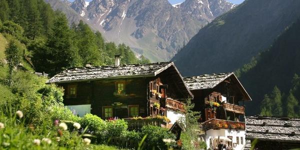 Truly idyllic - the Guesthouse Jäger in Pfossental.