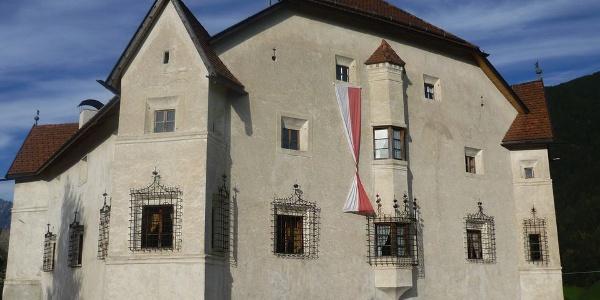 Der Ansitz Heufler im Renaissance-Stil befindet sich in Oberrasen/Antholzertal.