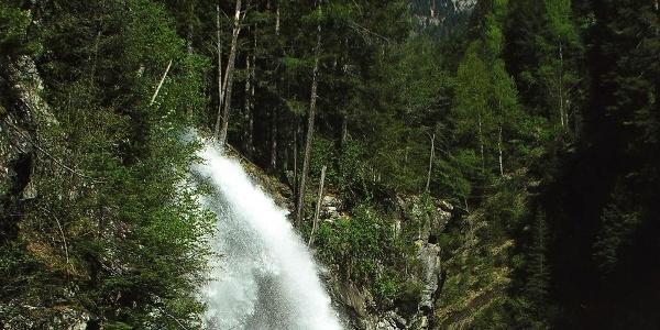 Powerful: The third waterfall of the Riva Waterfalls