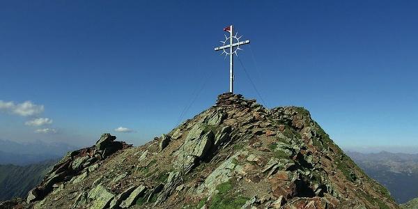 Das Gipfelkreuz auf 2781 m Meereshöhe.