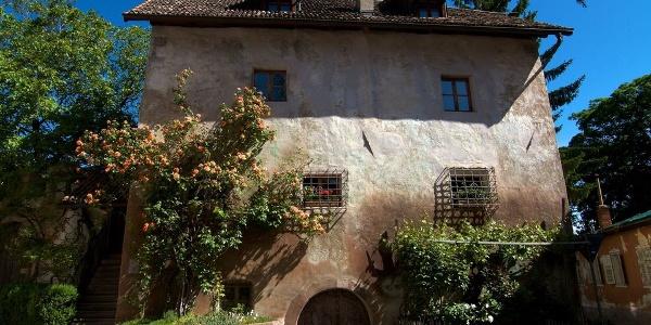 Der Ansitz Hebenstreit in Eppan-Pigenò ist ein spätgotischer Wohnsitz.