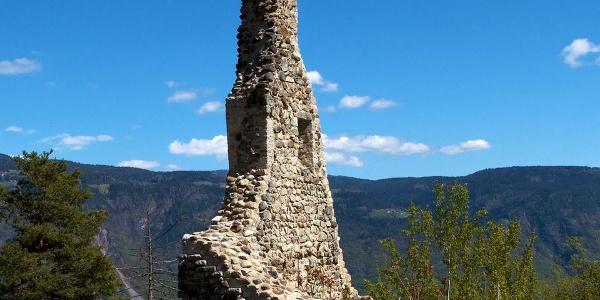 Die letzten Überreste von Werrenberg bei Völlan.